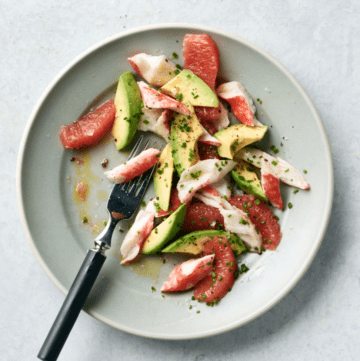 Krab, grapefruit & avocado salad